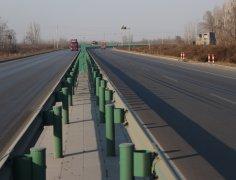 陕西公路护栏板厂家